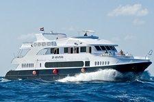 Моторная яхта JP Marine Красное море, вид сбоку